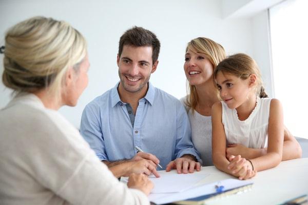 A qui faire appel pour des conseils en stratégie d'investissement ?